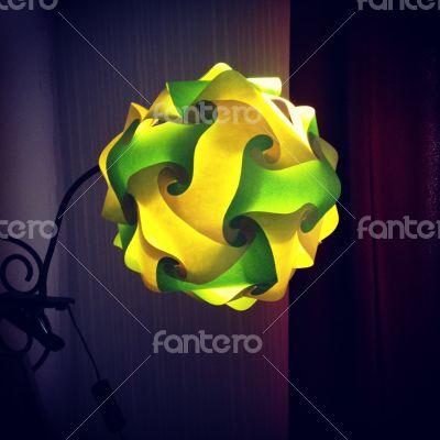 Loomi Lamp