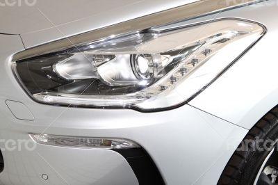 Citroën DS5 Front Lights
