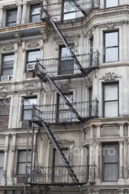 Multi level fire escape