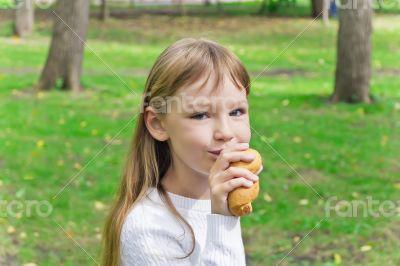 Eating cute girl